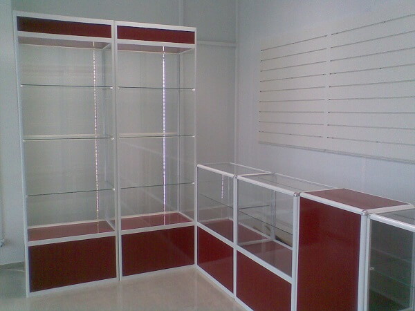 Шкаф-витрина на заказ